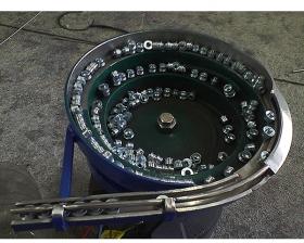 金属件振动盘3